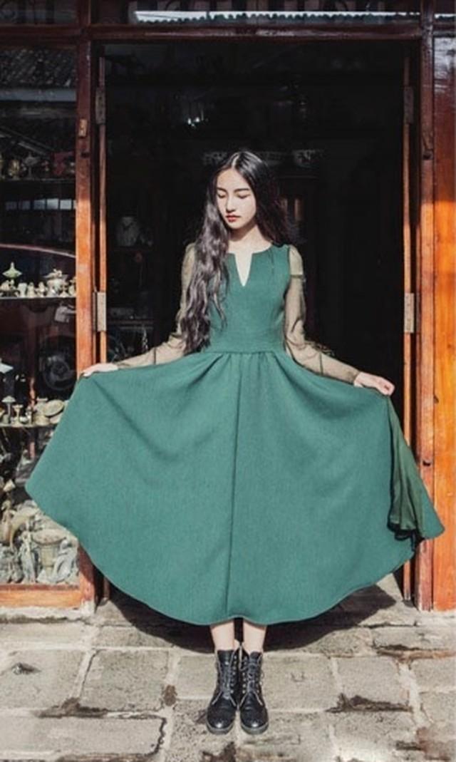 グリーン ドレス コーディネート