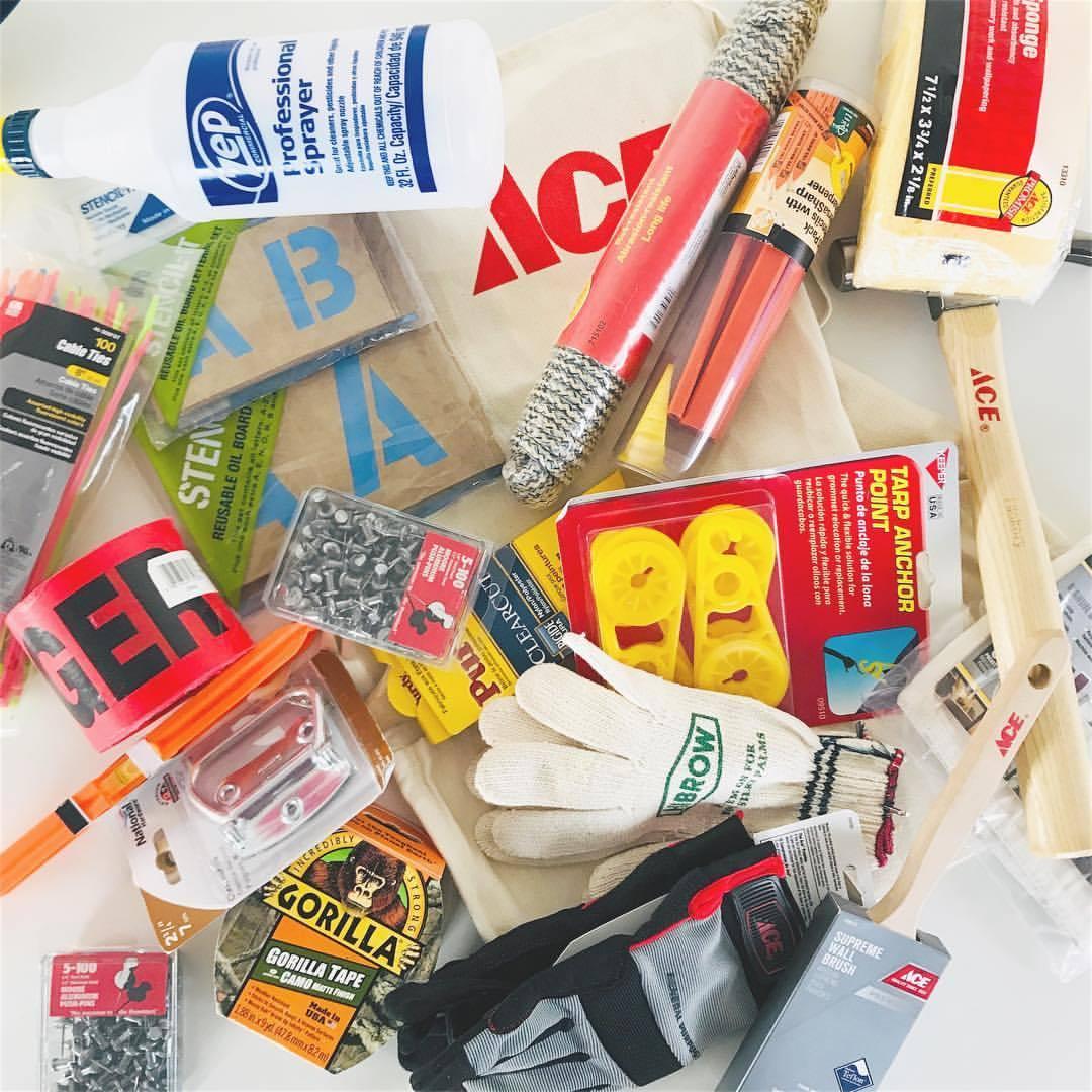 アメリカのホームセンター≪Ace Hardware≫より~ポップな収納に使えるプラスチックバケツ~
