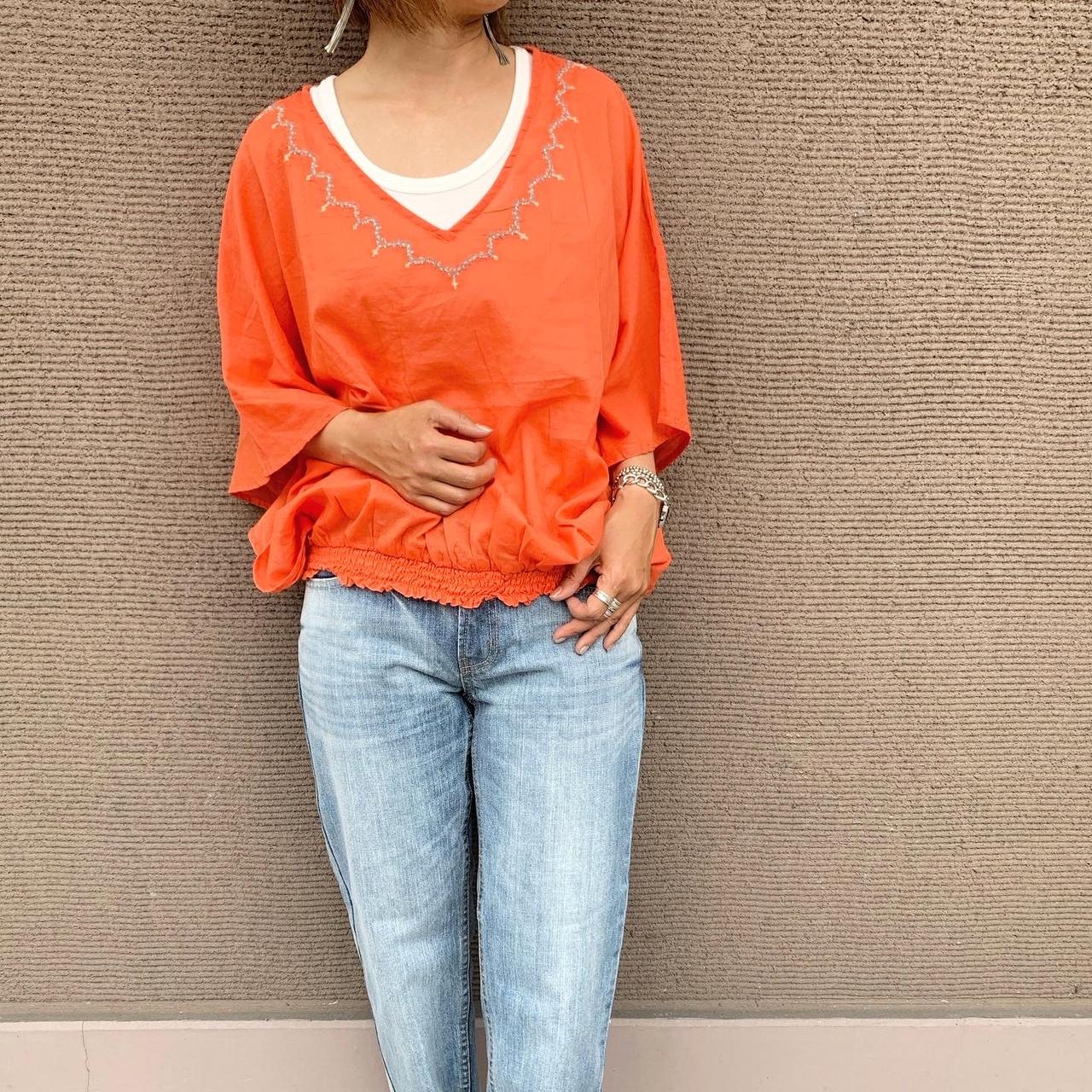 SALE対象です♪ インド綿刺繍ドルマンブラウス