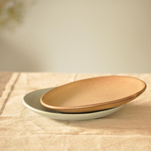 あたらしいうつわで、おうち時間をあたらしく。 おやつに食事に、おしゃれで使えるプレートセット。