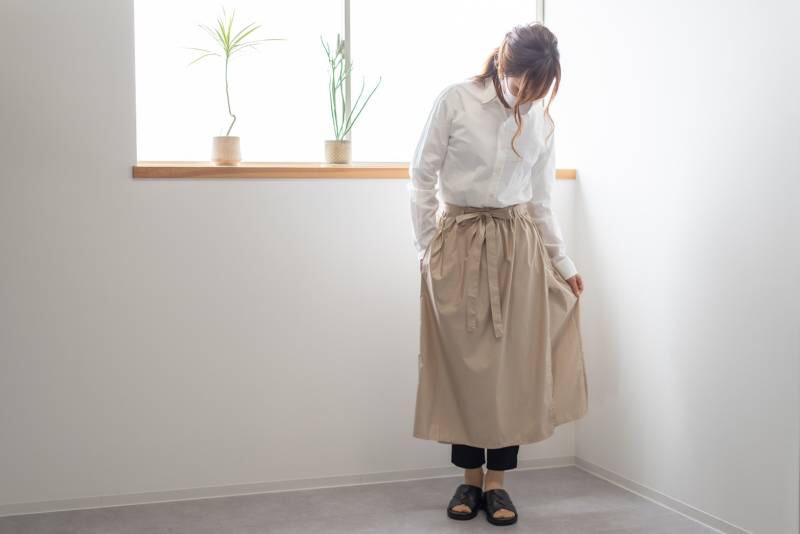 後ろ姿もキレイ!スカートみたいなサロンエプロンできました!