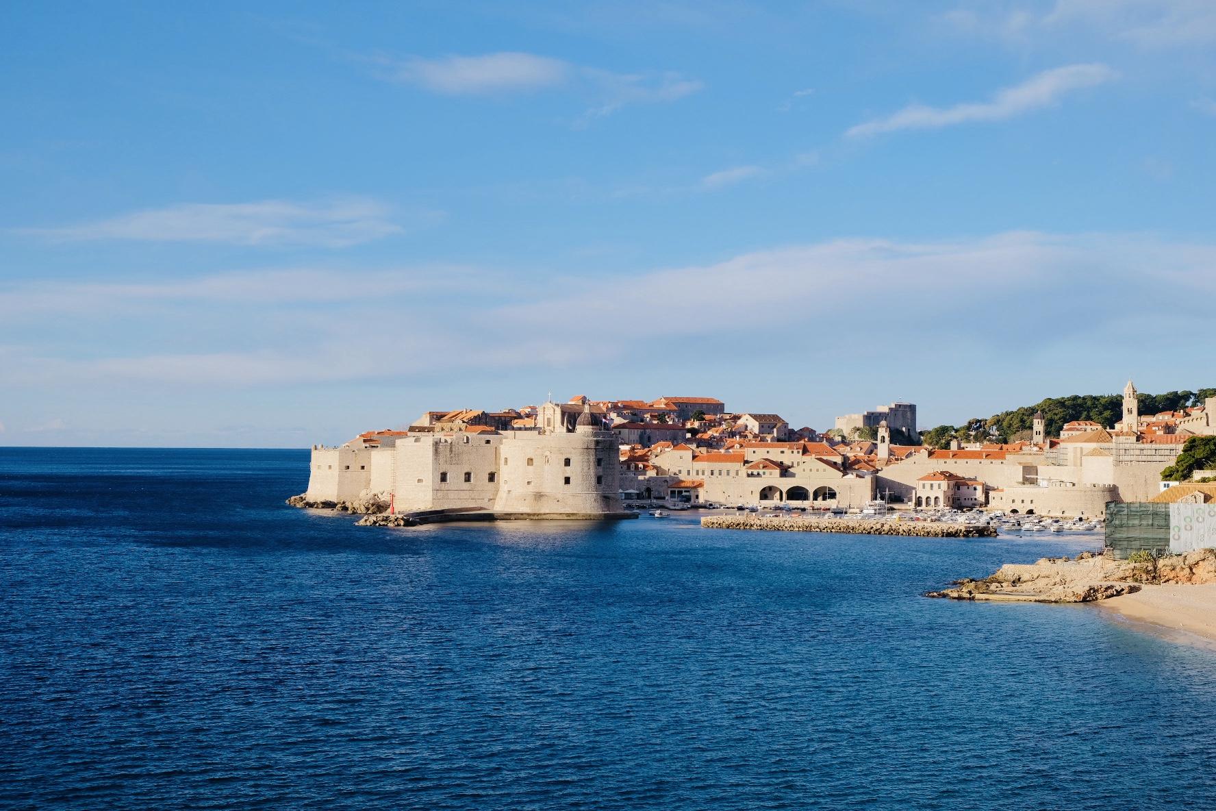 【製作秘話】No.50 Title:アドリア海のテラコッタ屋根(Dubrovnik;Croatia)