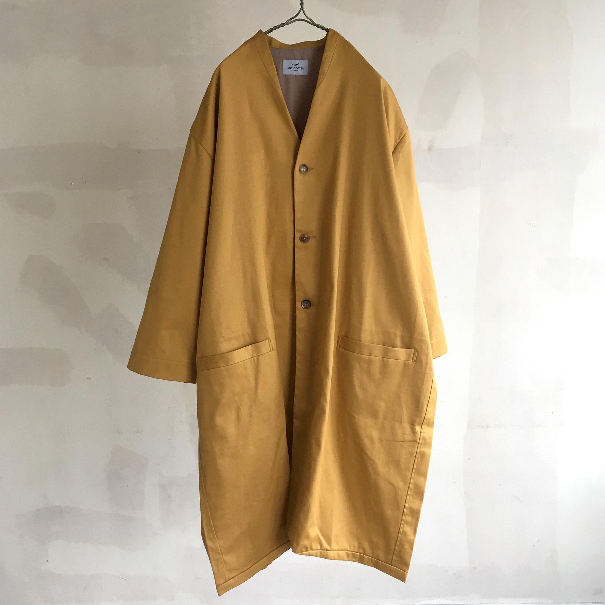 秋の羽織りに♪当ブランドで【人気】間の季節の定番になっているバレルコートです。