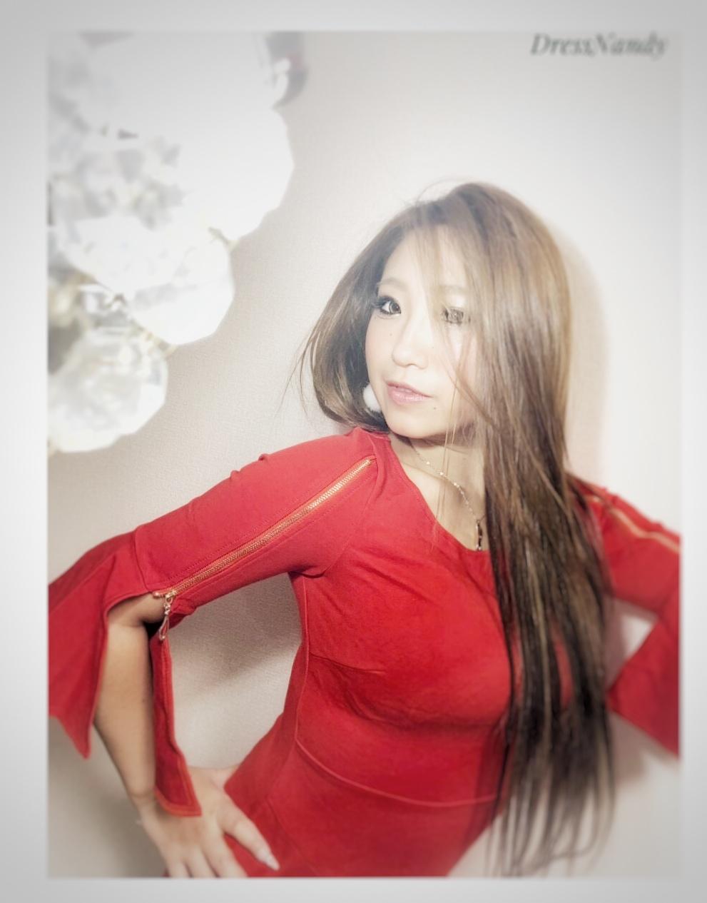 DressNandy 赤ドレス入荷1 あなたはどのあなたを選ぶ?