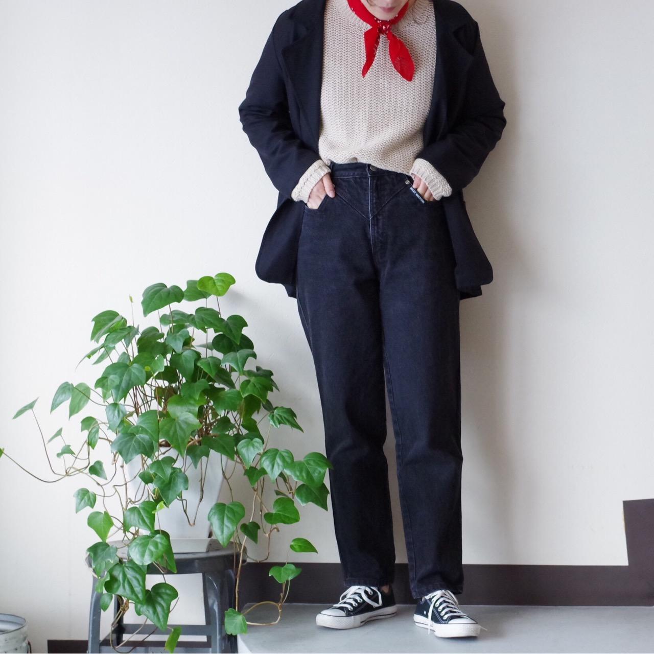 人気のシルエットのデニムパンツ☆