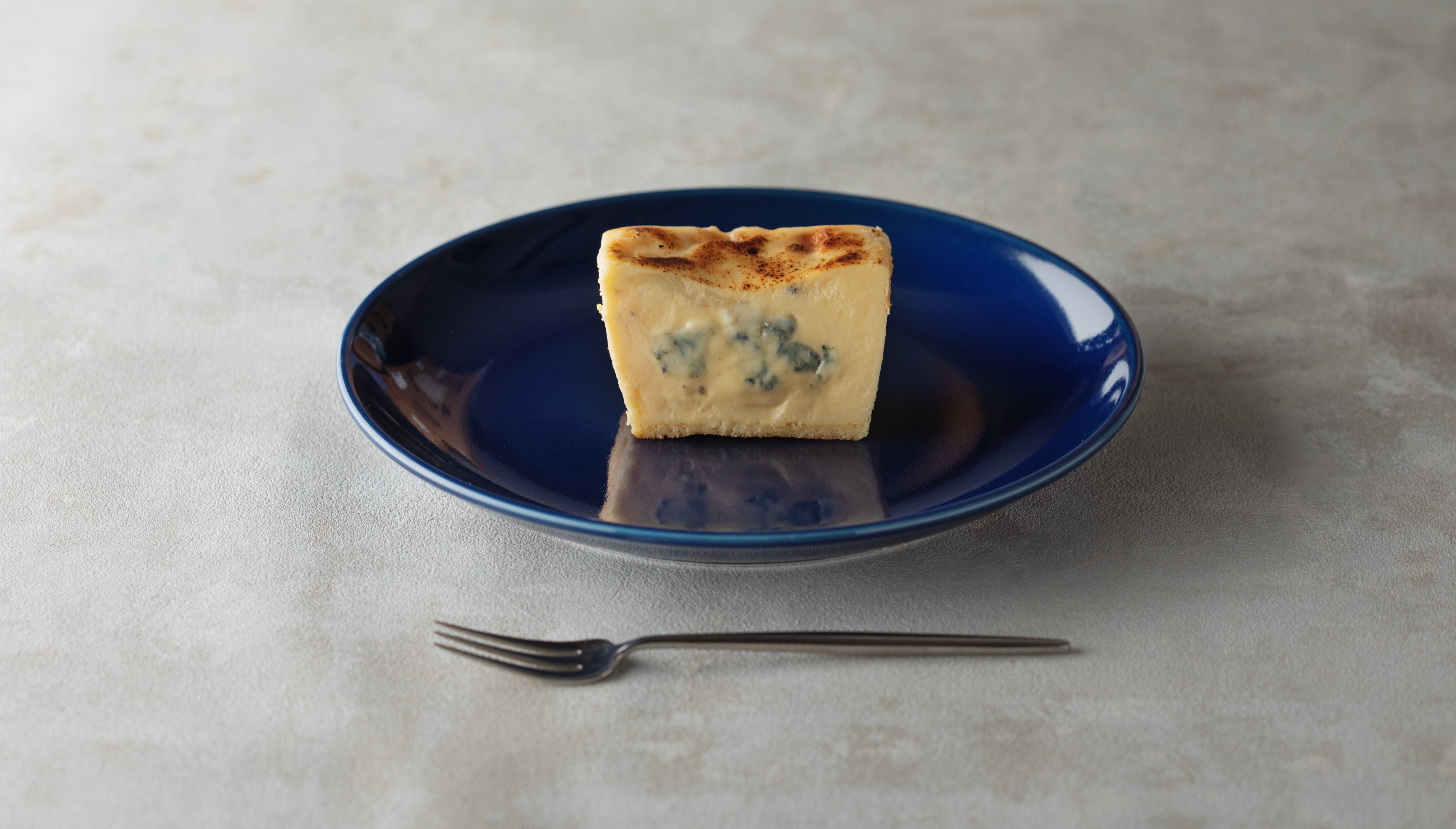 【生ブルーチーズケーキAo】今までにない。濃厚なブルーチーズケーキを。