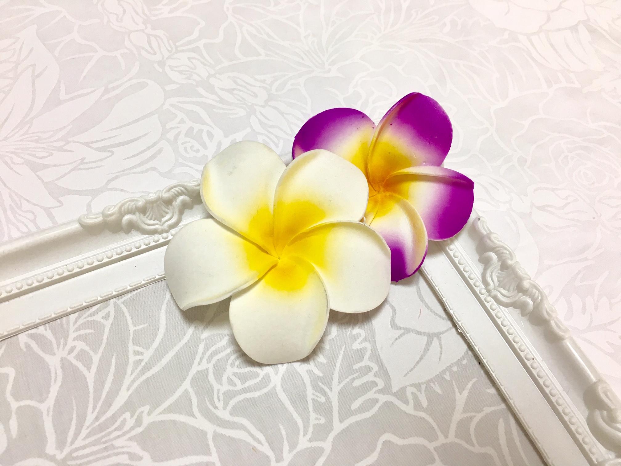 レイ作りの基本のキ・ハワイらしい『プルメリアレイ』をフラのアイテムやお部屋のアクセントに♪