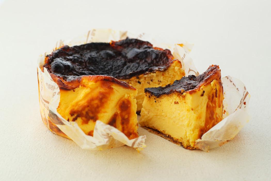 濃厚‼︎ バスクチーズケーキ