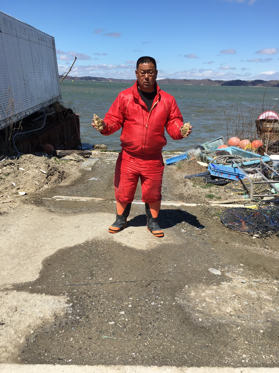 厚岸牡蠣漁師から皆様へ