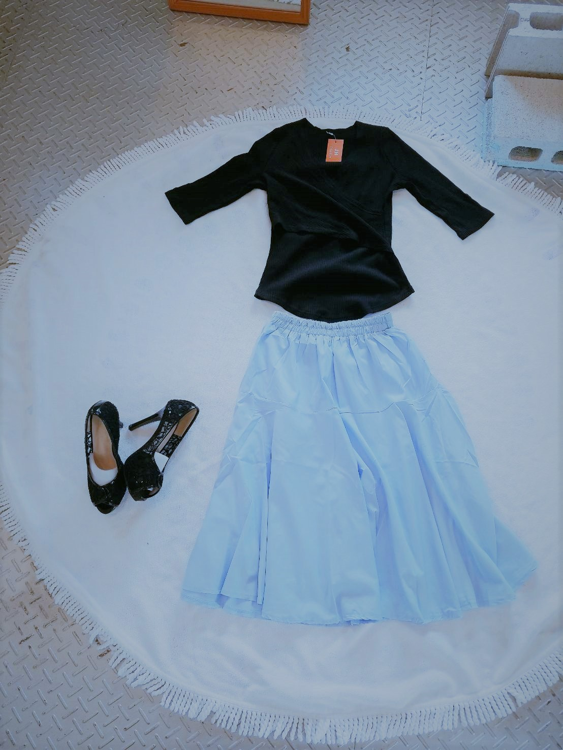 涼しいカラーのミモレ丈フレアスカート オフィスカジュアル♪