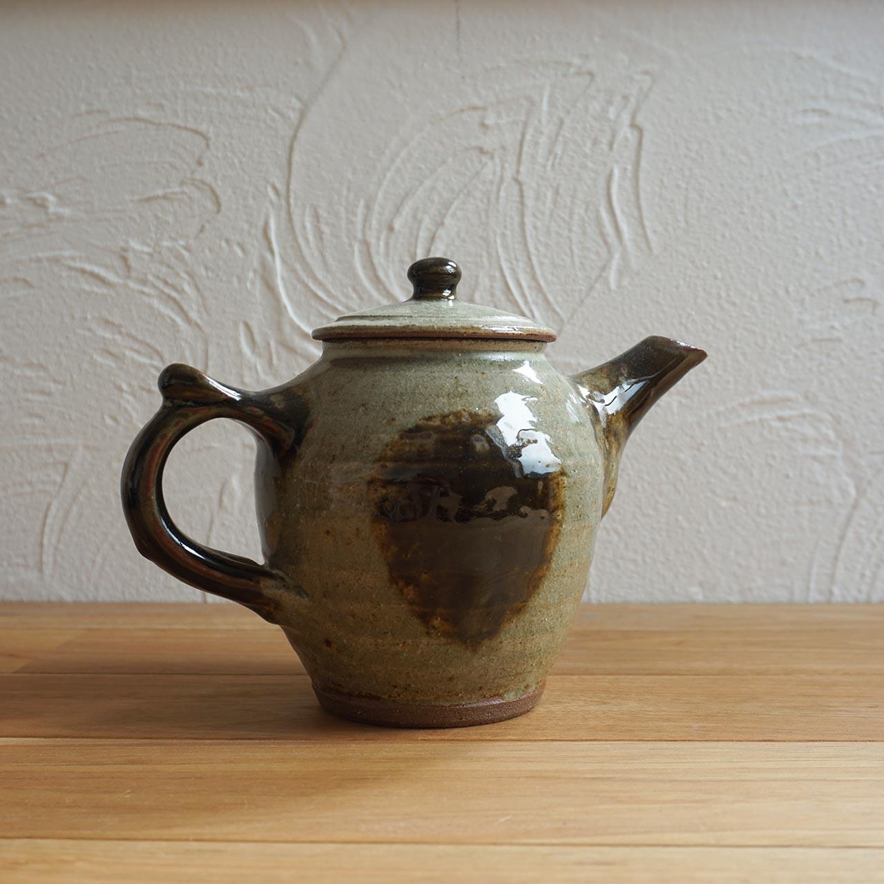 暑い夏は冷たい麦茶を入れて楽しめる!!