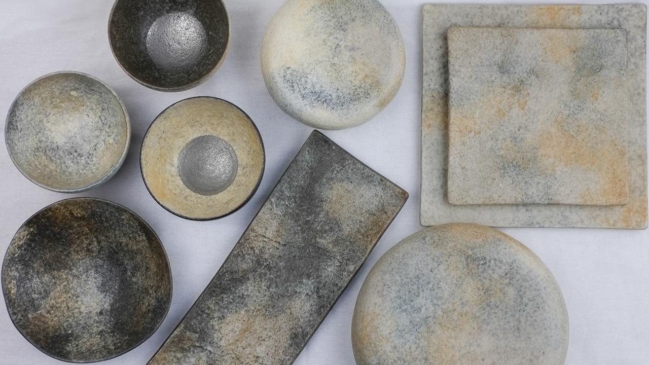 【新規入荷】複数の土で生み出す彩泥シリーズが魅力的な高木浩二さんの彩泥厚皿をご紹介