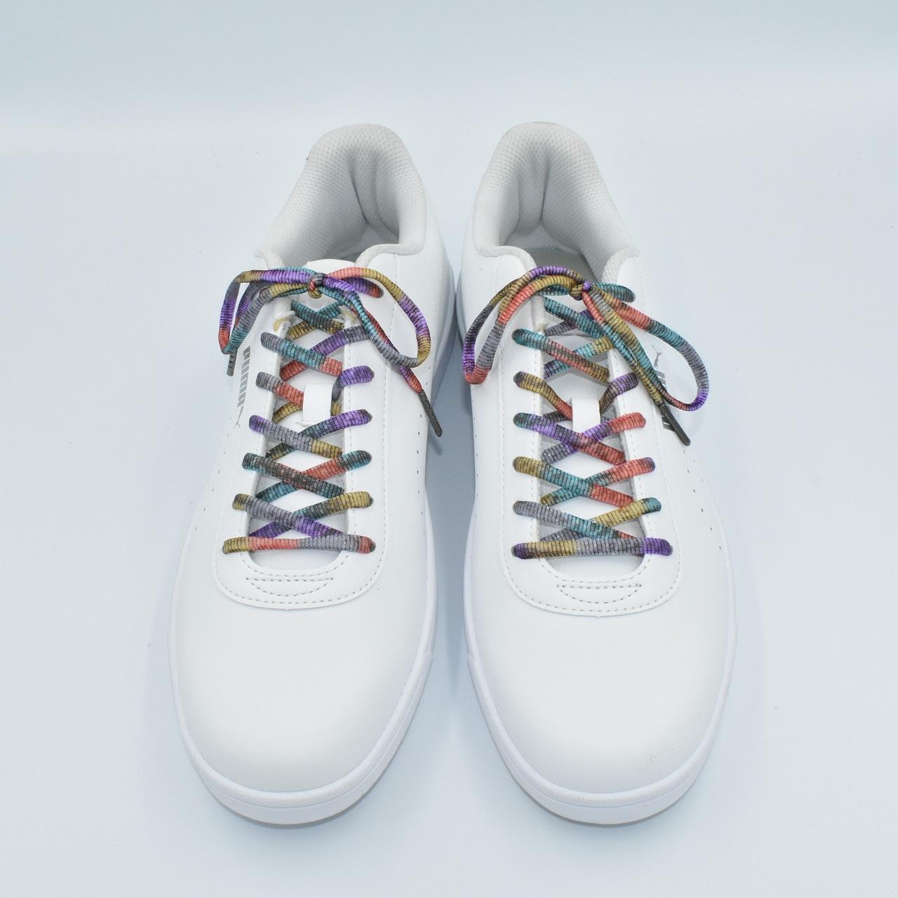 かすり染めの魅力が詰まったカラフルな靴ひも新色追加しました。