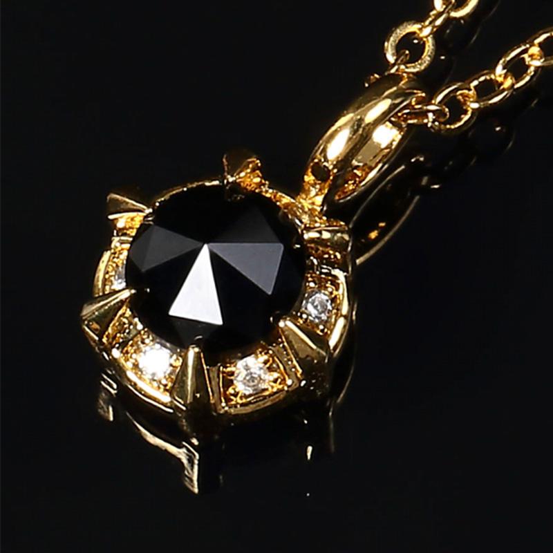ブラックCZダイヤをセットした、小さいにも関わらずインパクト大な一粒ネックレス