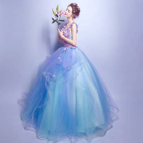 結婚式や1.5次会などの衣装にも♡甘口水色パープル・プリンセスラインの主役ドレス!