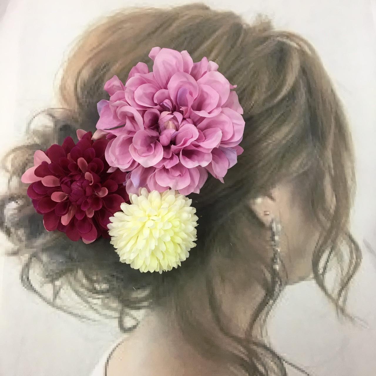 結婚式や夏祭りの髪飾りはいかがでしょうか?