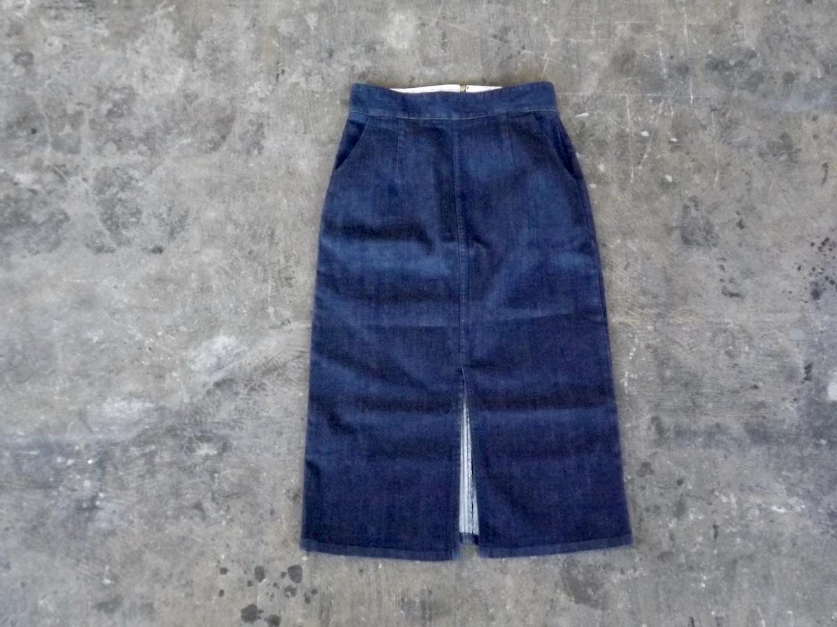 日本製デニムタイトスカート  〜動きやすく美しいラインにこだわったデニスカをお探しの方へ