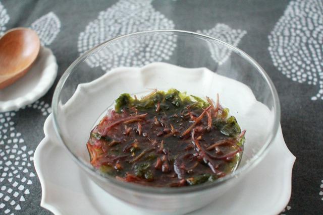 ご自宅でアート鑑賞のような時間を【食べるポエム ふのりとあおさの海藻スープ】