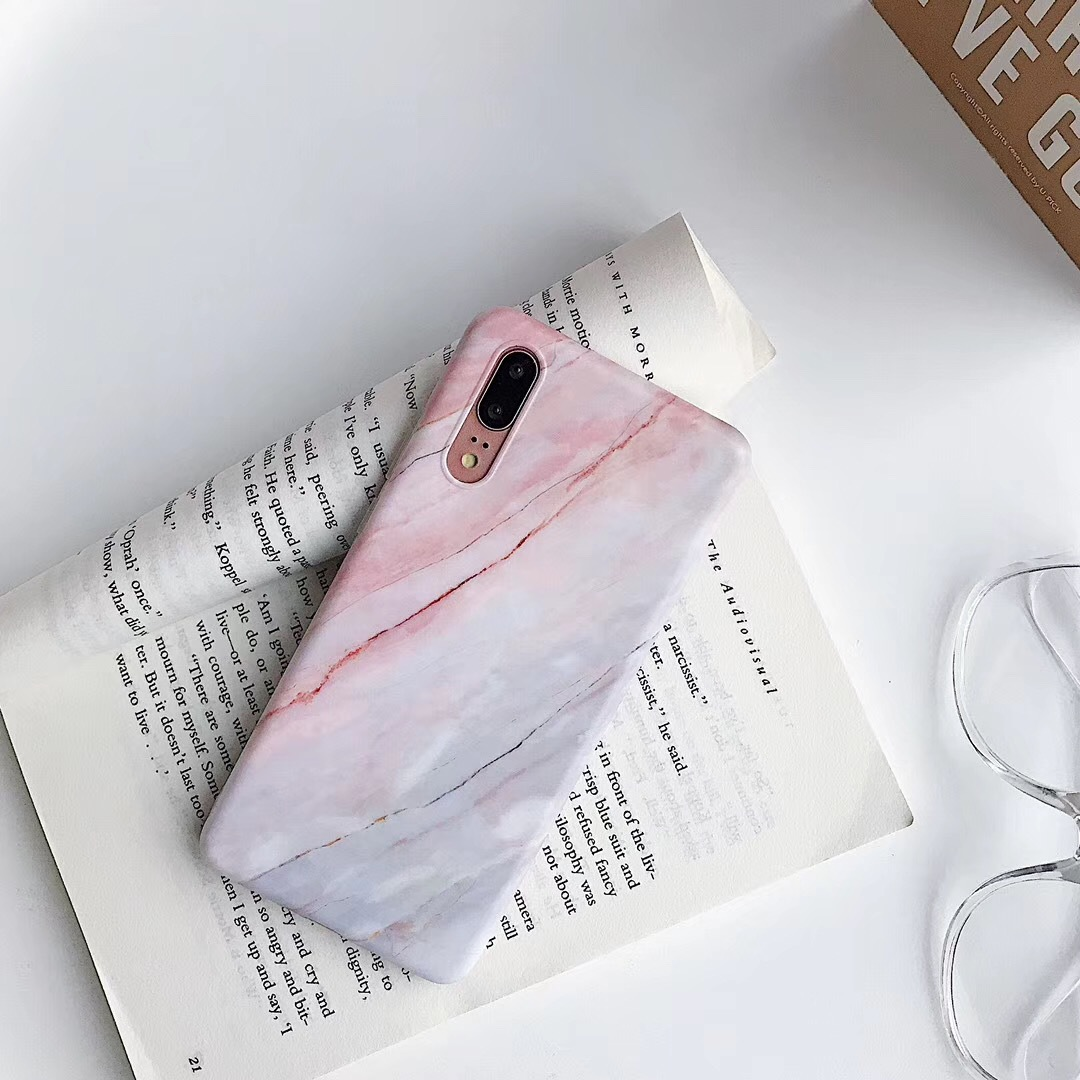 HUAWEIも対応♡綺麗なサンゴピンクの淡い色合いのマーブル大理石風デザインがお洒落なスマホケース