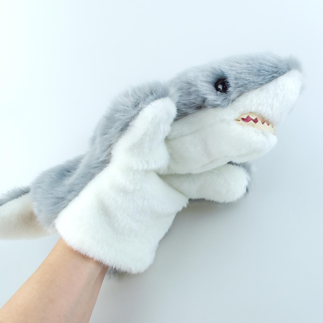 ぬいぐるみみたいでかわいい♪『ハンドパペット サメ』