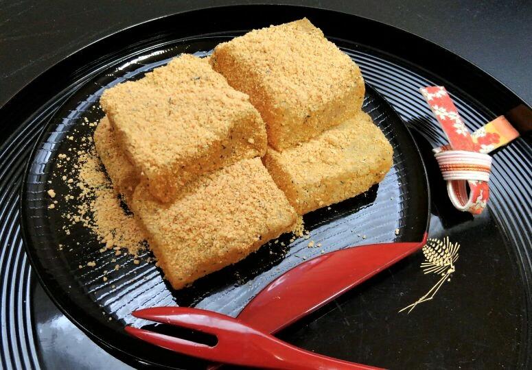 これからの暑い季節にぴったり!インスタント感覚でお手製の「わらび餅」を作って最高のおもてなしを‼