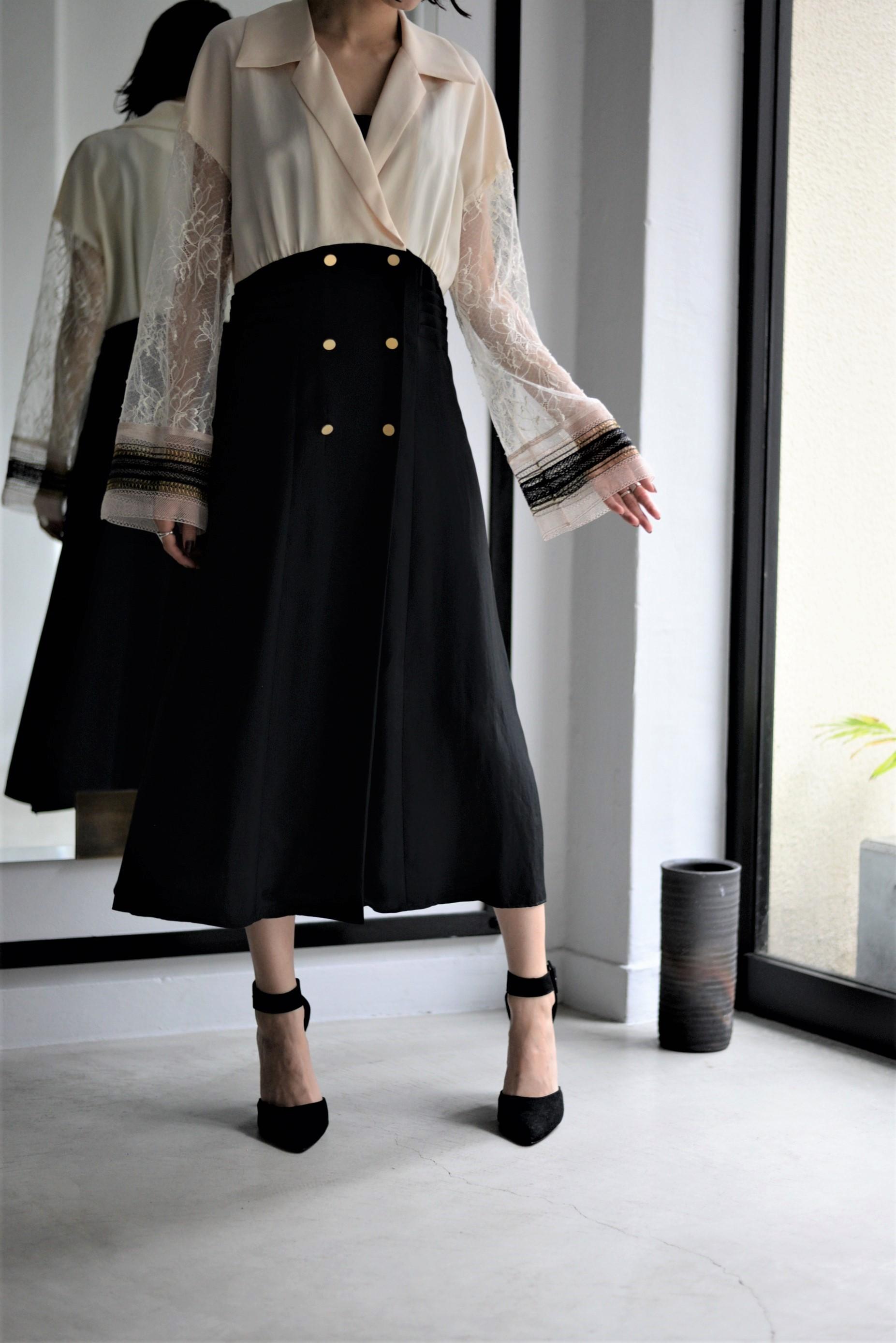 マニッシュさと上品さを併せ持つドレス 【STAIR】