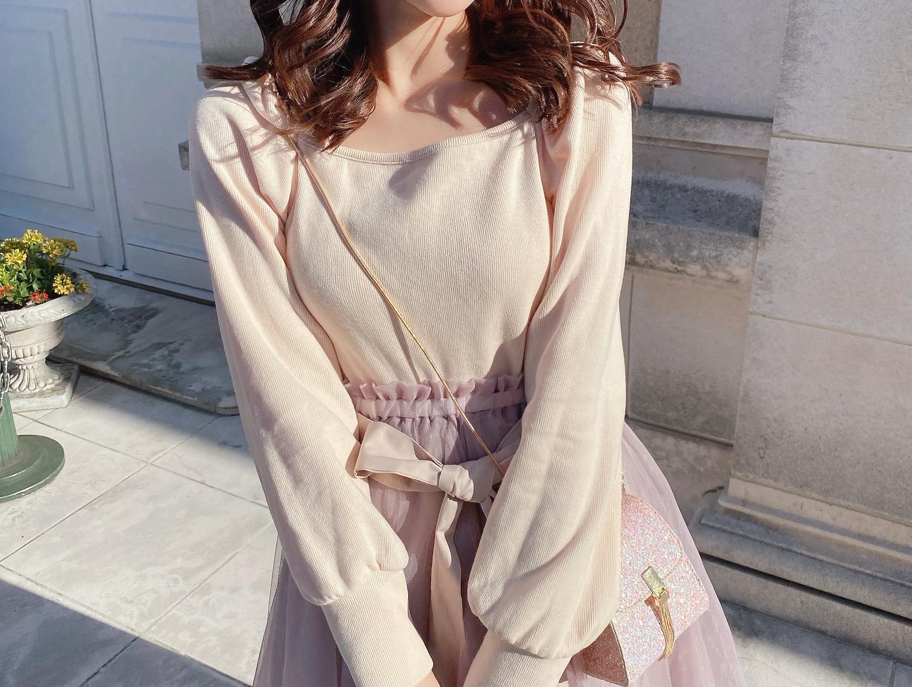 着心地がいい素材で春のファッション 袖コンシャスは王道で取り入れて♡
