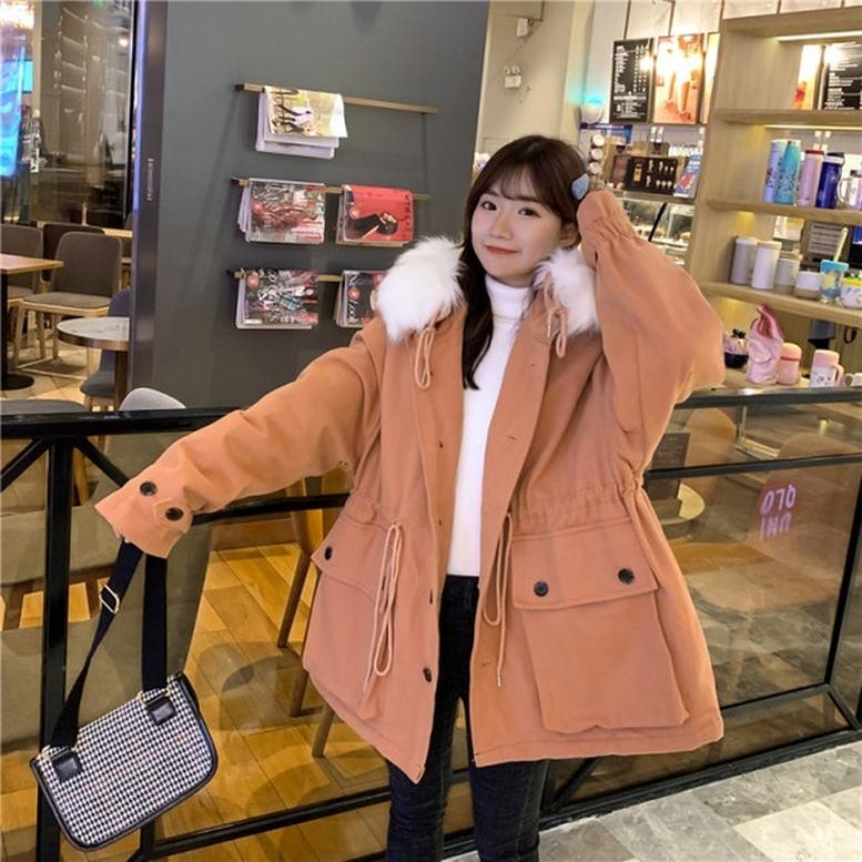 かわいく着るならミディアム丈のモッズコート ☆☆ 感度の高い人はショートアウターをすでに愛用中♡