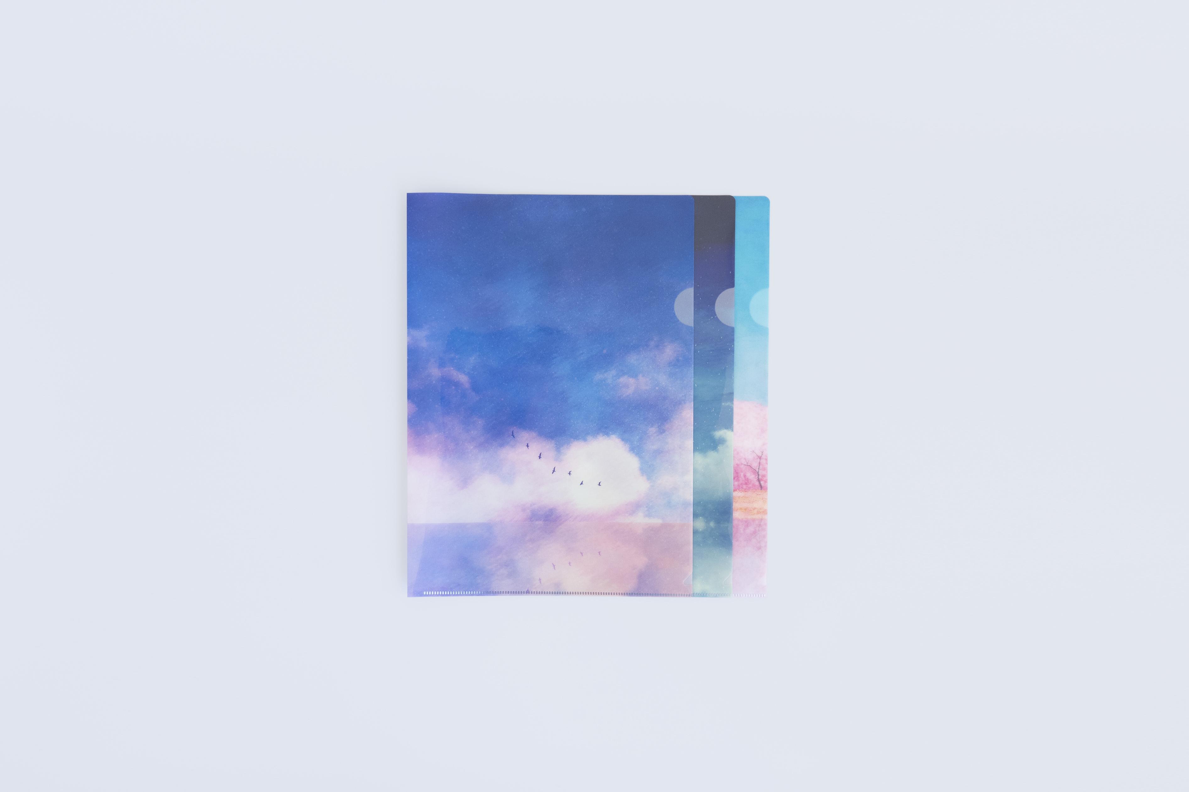 【本日】空を描いたクリアファイルを発売します。