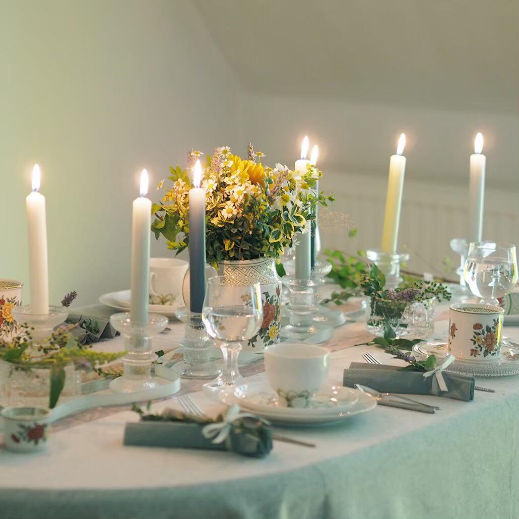 北欧の巨匠デザイン×ドイツ老舗のローゼンタール、ルータスの爽やかな食卓
