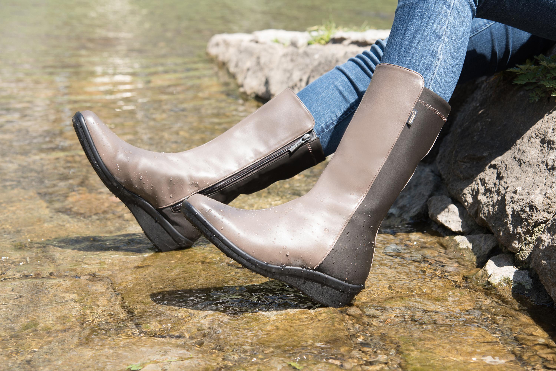 足の中を「ムレ」を改善!雨や水辺に強い快適ブーツ