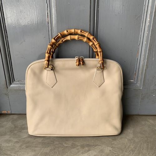 シンプルなデザインが魅力!vintage GUCCI 〈ヴィンテージグッチ〉ハンドバッグ