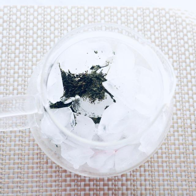 氷だし煎茶で免疫力をさらにUP!夏場の食中毒対策にも 抗菌効果の高いお茶を!