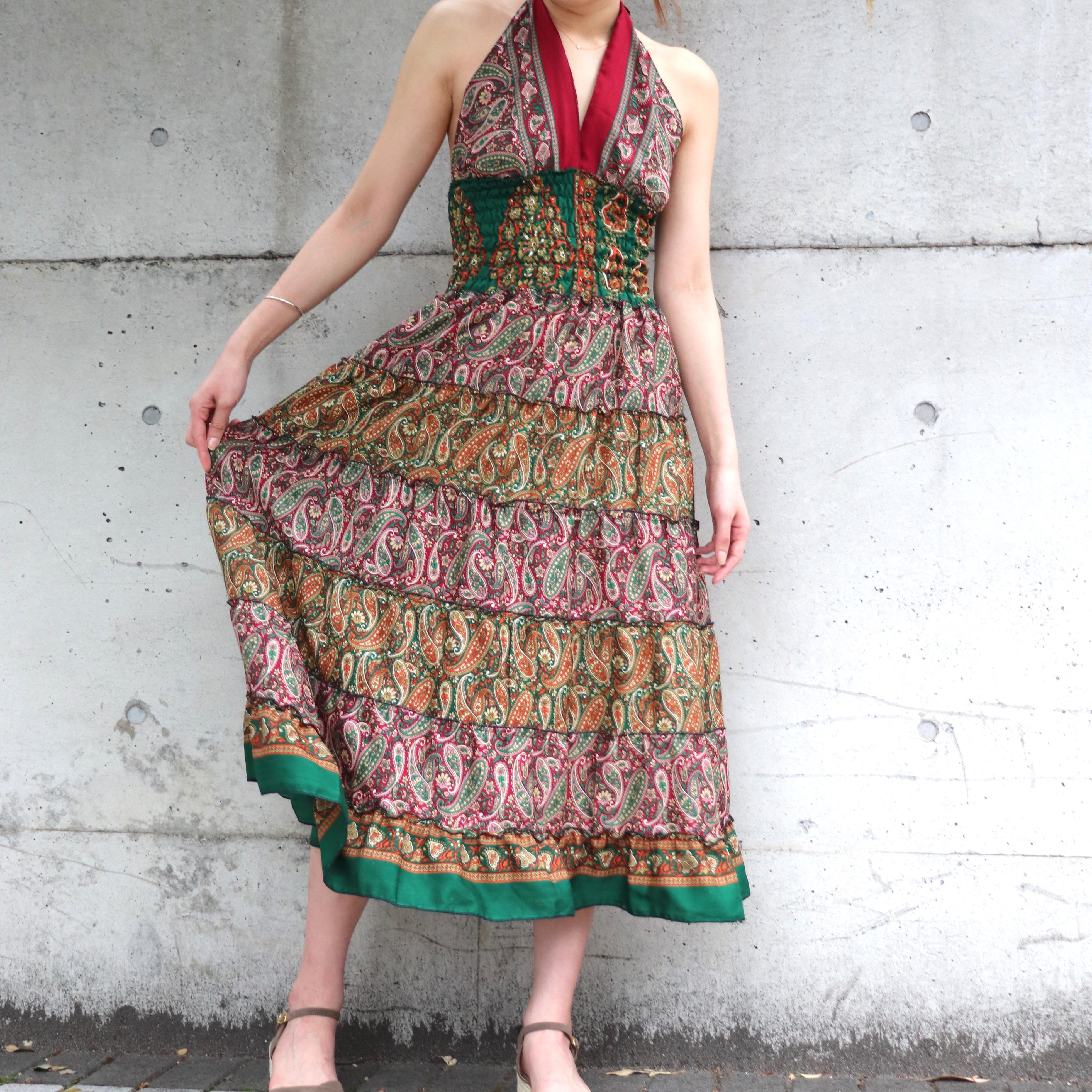 まさに大人リゾートファッション!暑い夏に大活躍なシルクマキシワンピ!