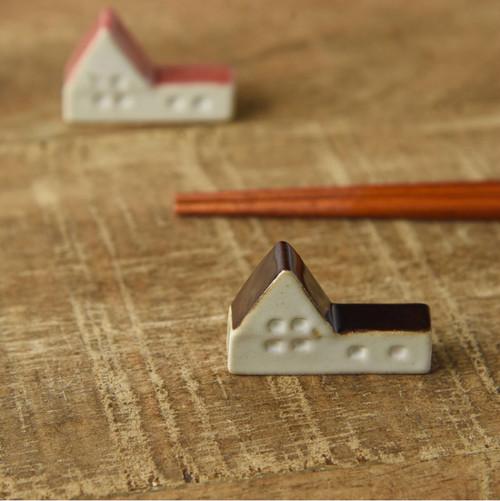 食卓が笑顔になれる時間。北欧風のお家の箸置きです。