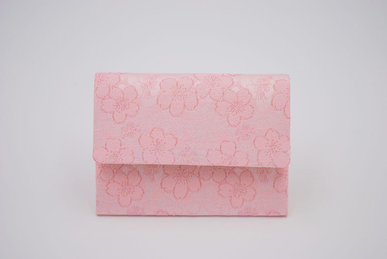 桜の季節にぴったり!桜模様の織物アイテム