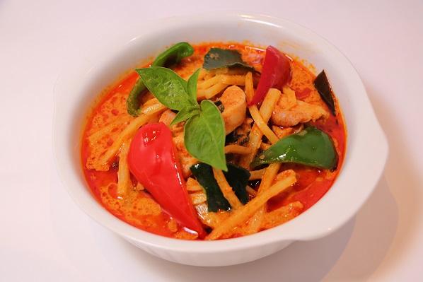レッドカレー  おうちで簡単に本格タイ料理