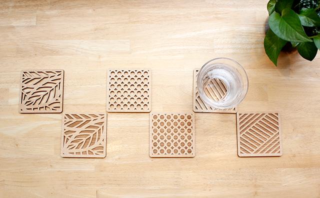 木のコースターの役割って知ってる?素材別コースターのメリット・デメリットを紹介!