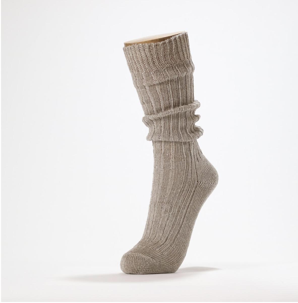 靴下の臭い対策に、天然素材の「清涼」な靴下はいかがですか?