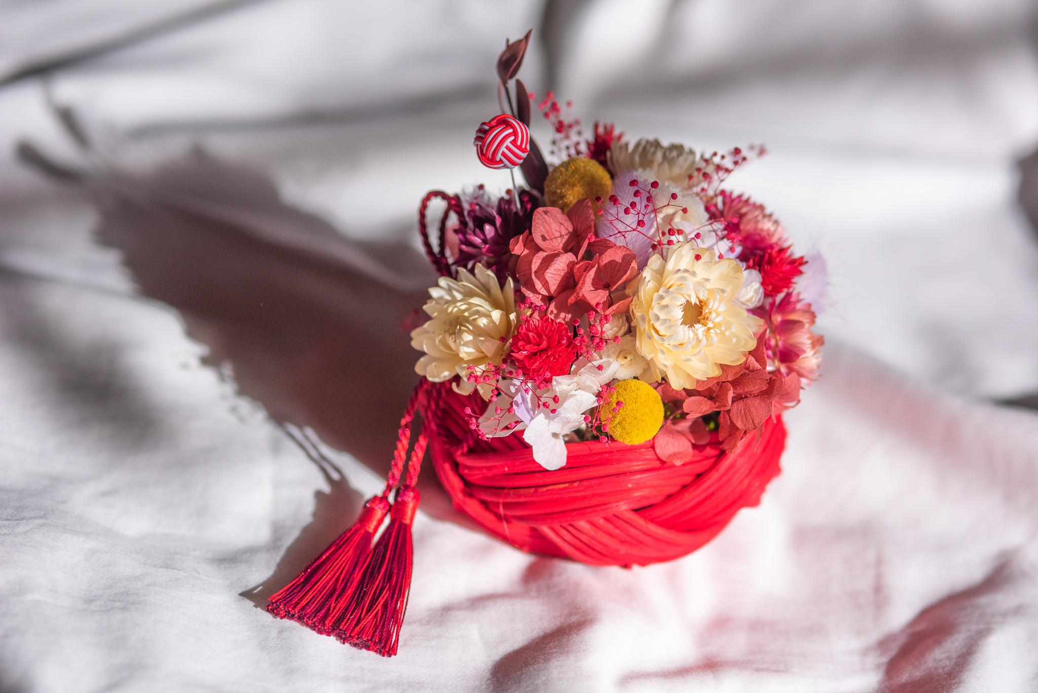 ラタンの花飾り(赤)