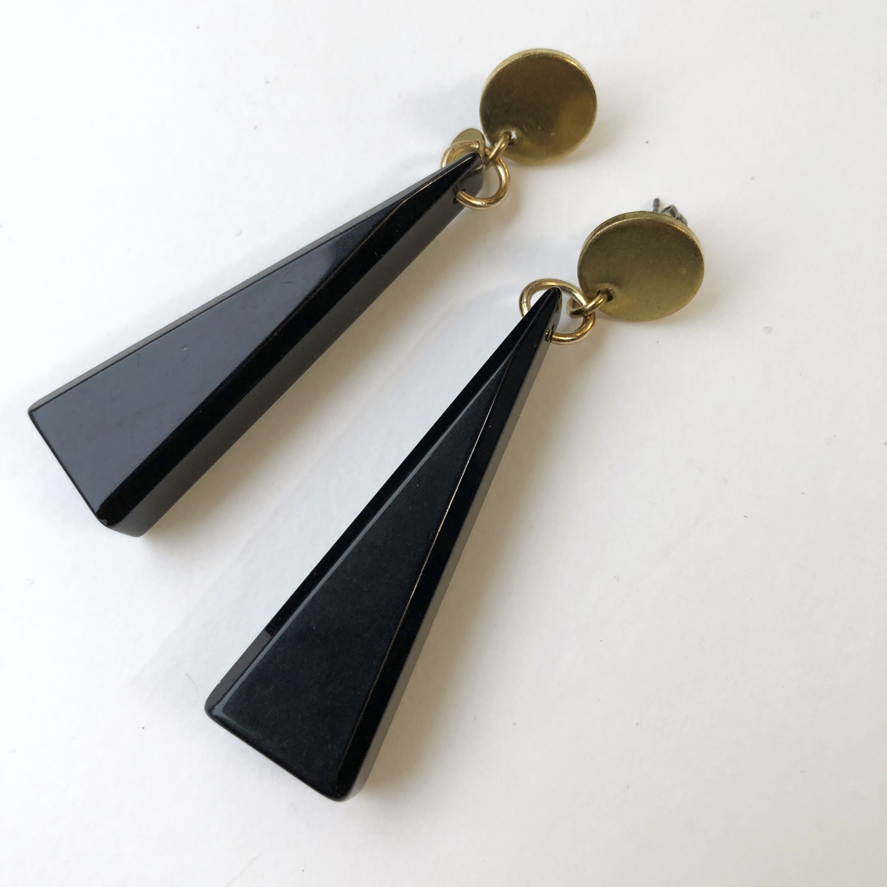 Triangle Lucite earrings L-009
