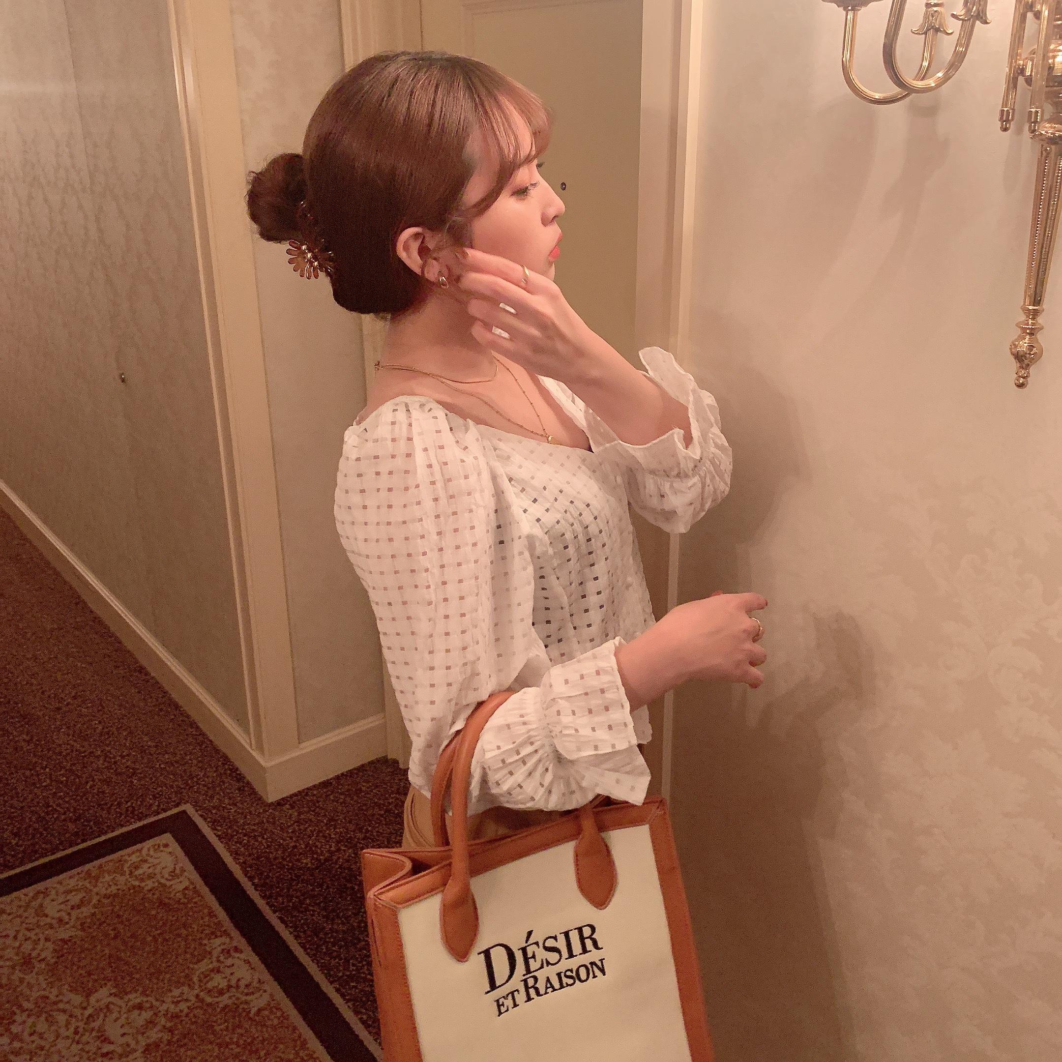 9/7【RESTOCK】【予約】Désir original logo square bag (white)