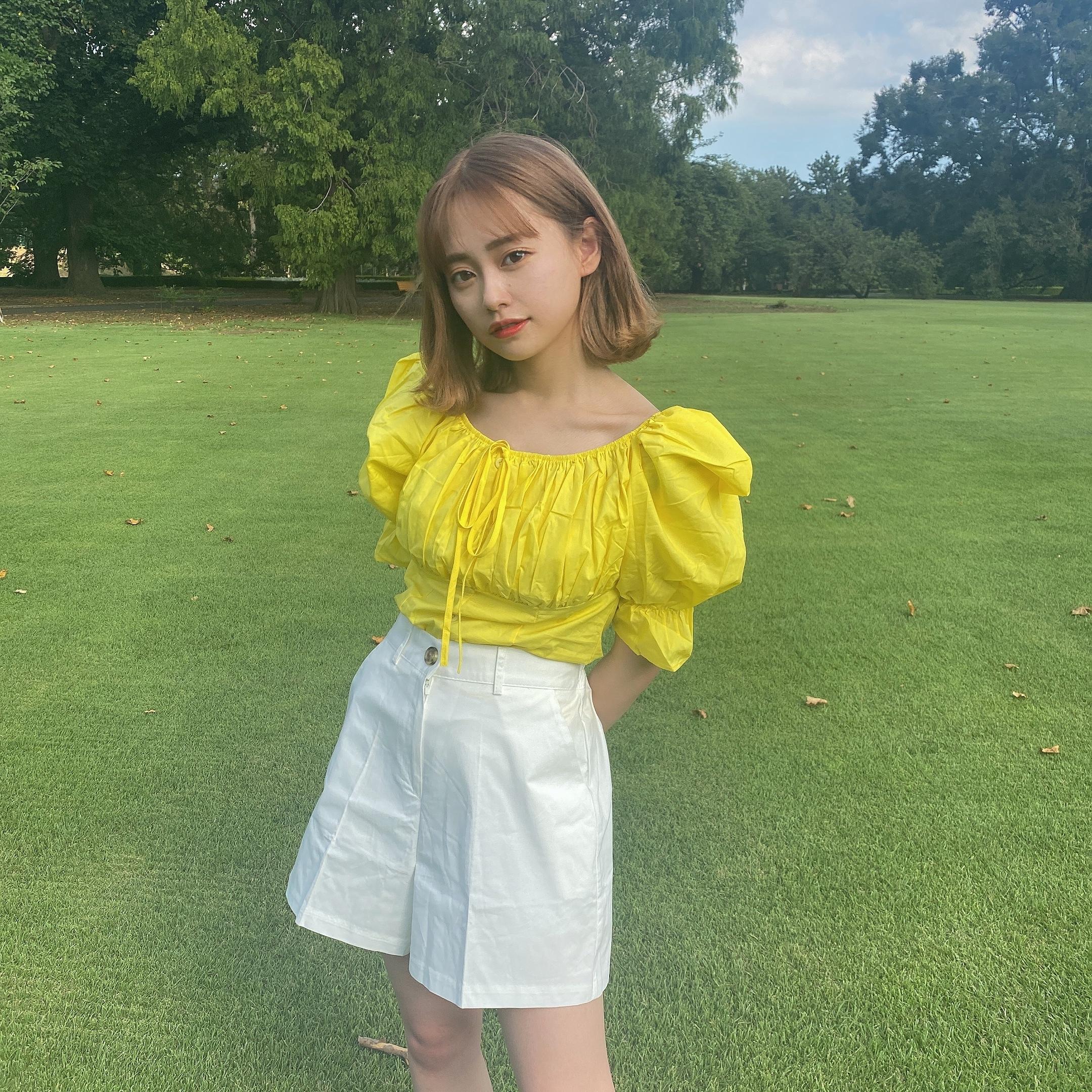 yurina puff blouse