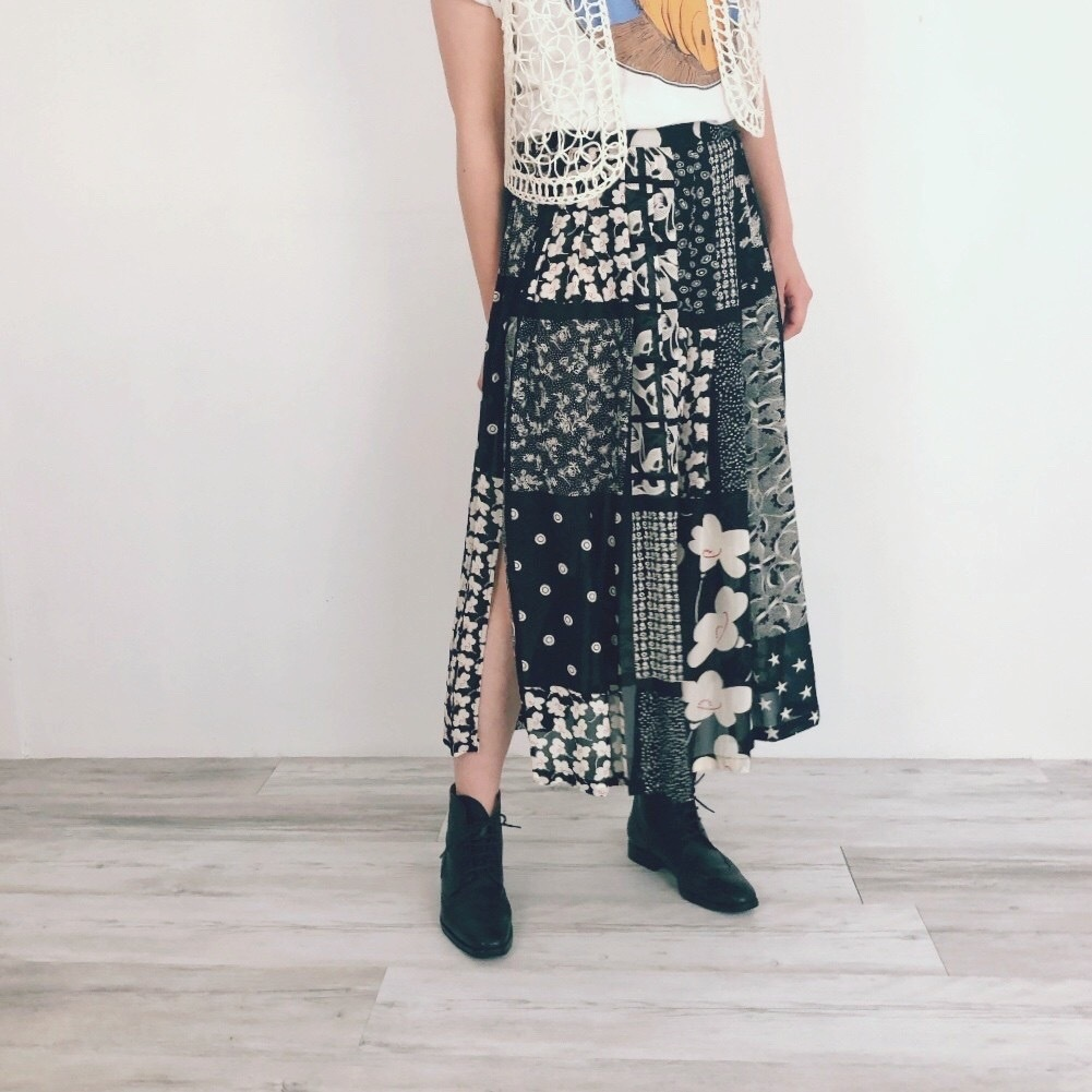 ◼︎90s sheer flower patchwork print skirt from Germany◼︎
