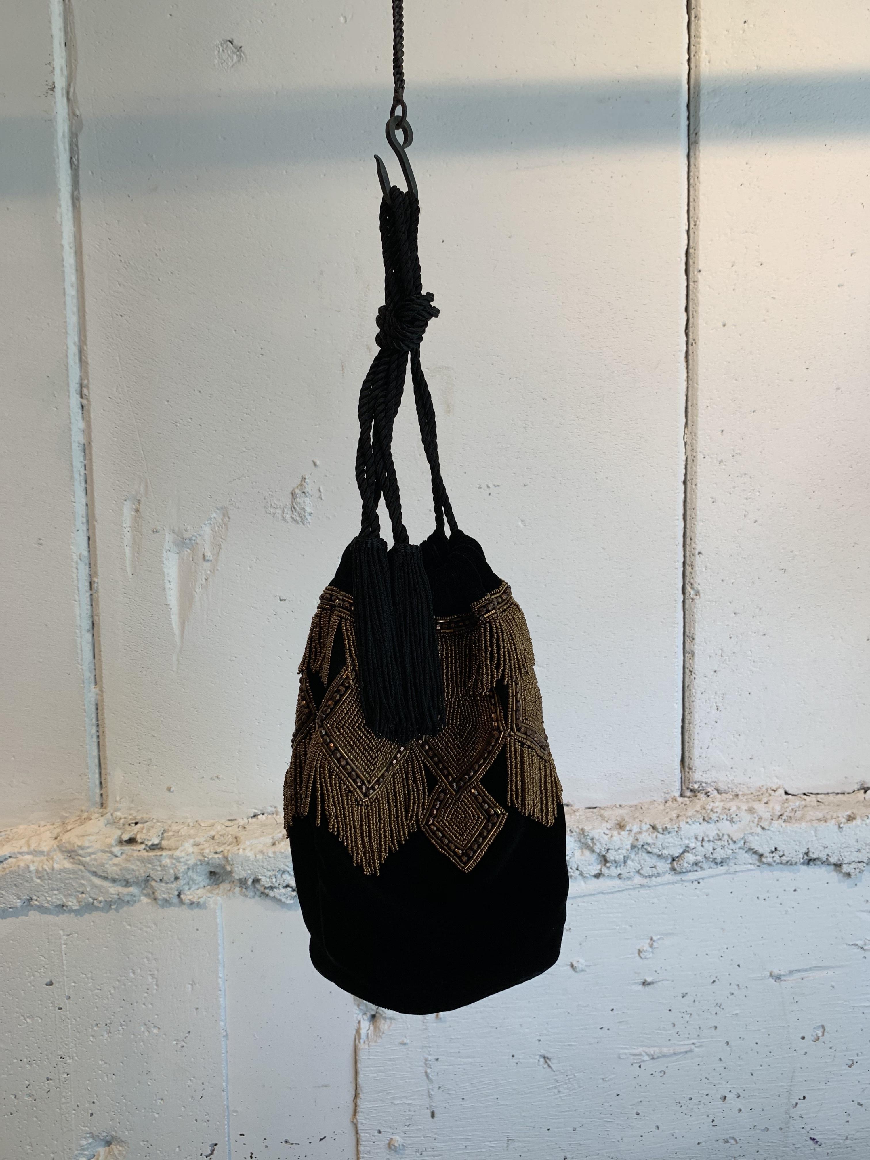 JAMIRAY    VELVET BEADING BAG