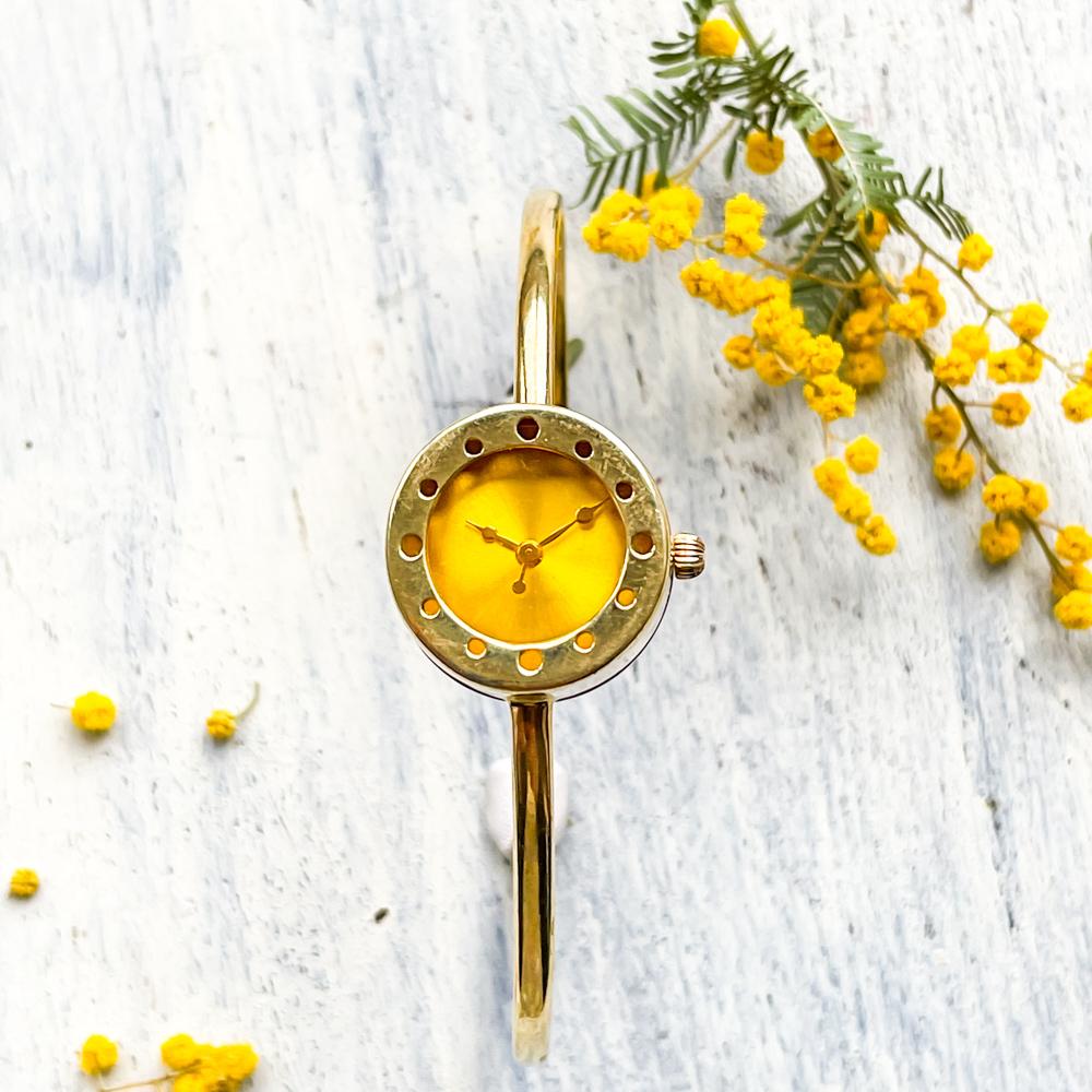 ミモザの願いバングル型腕時計Sイエロー