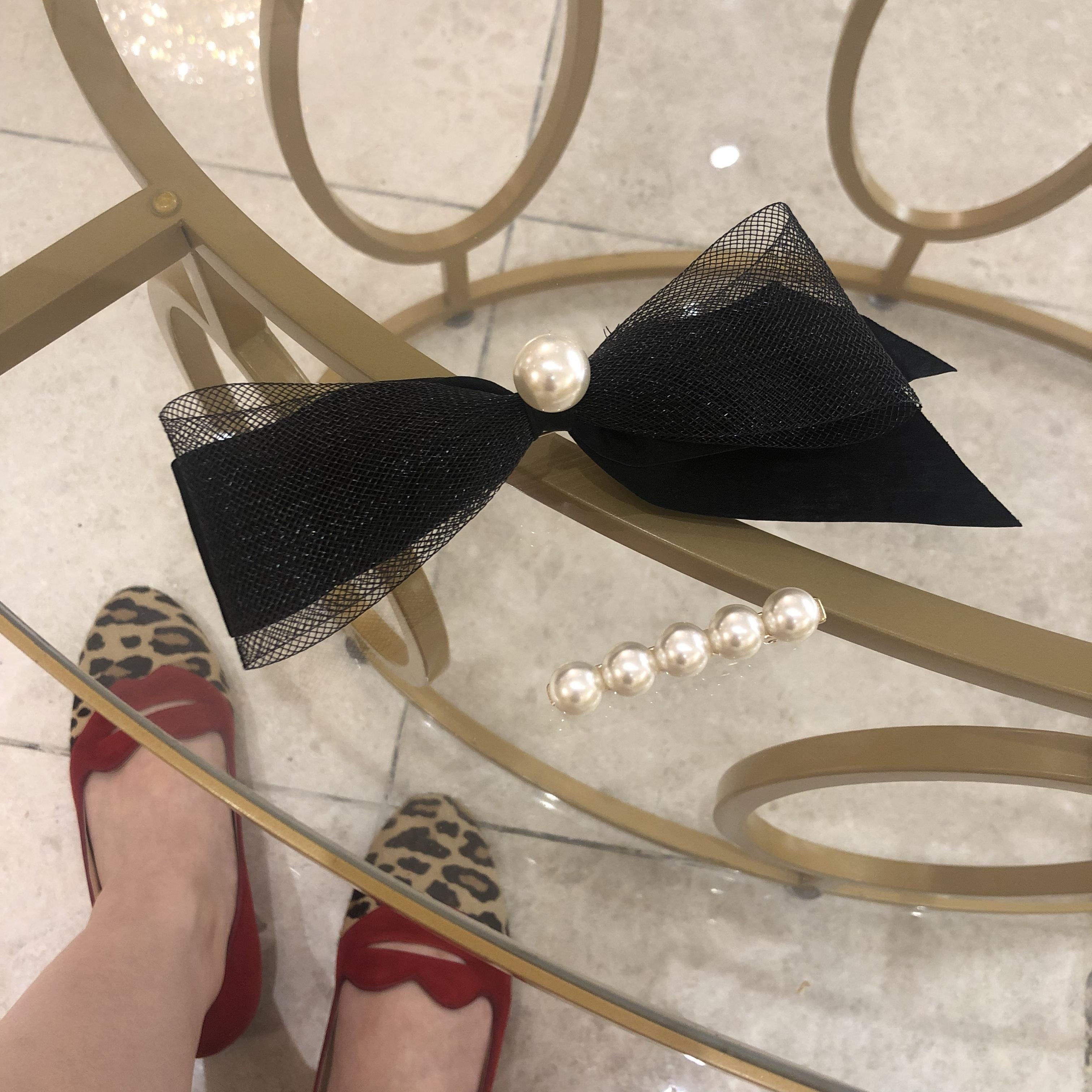 pearl ribbon pin set