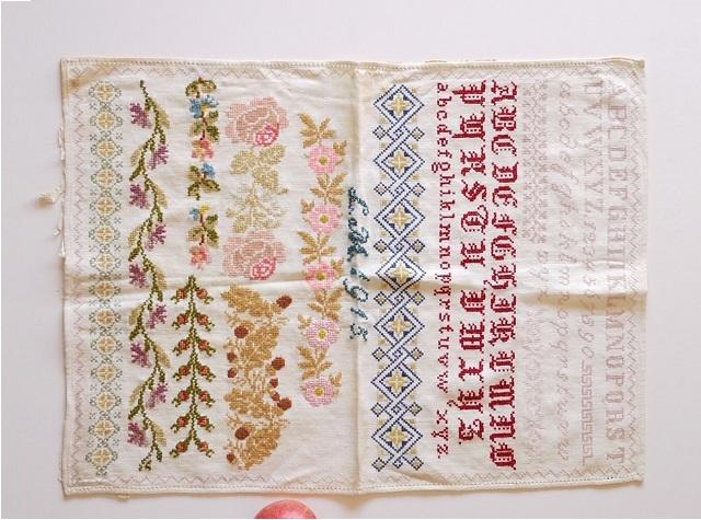 ドイツアンティーク刺繍 サンプラー1915年 クロスステッチ エンブロイダリー 修道院の手仕事