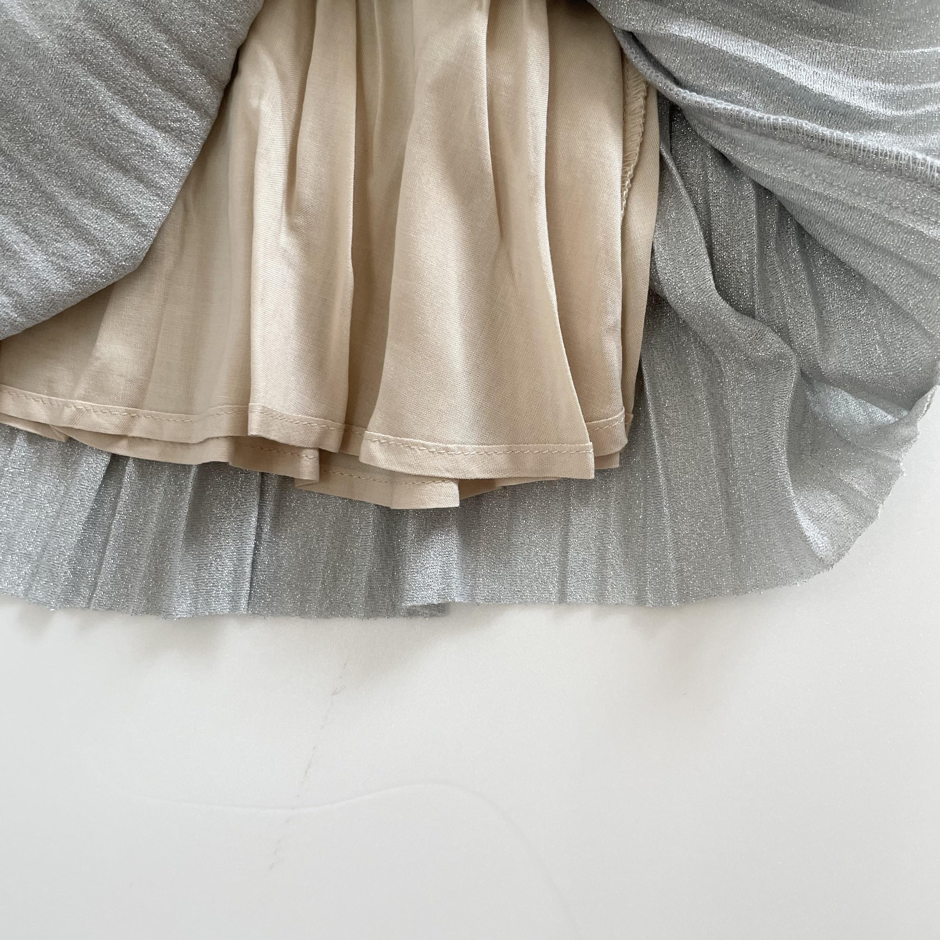 NO.1409. Shiny pleats skirt