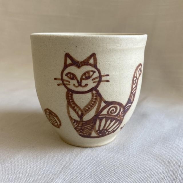おしゃまネコの絵付けカップ B / カップ・湯呑み